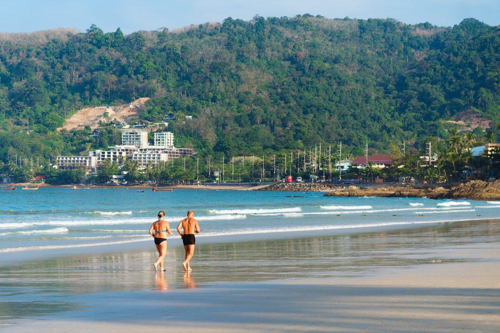 beach-2090181_1920