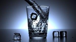 agua enriquecida con hidrogeno